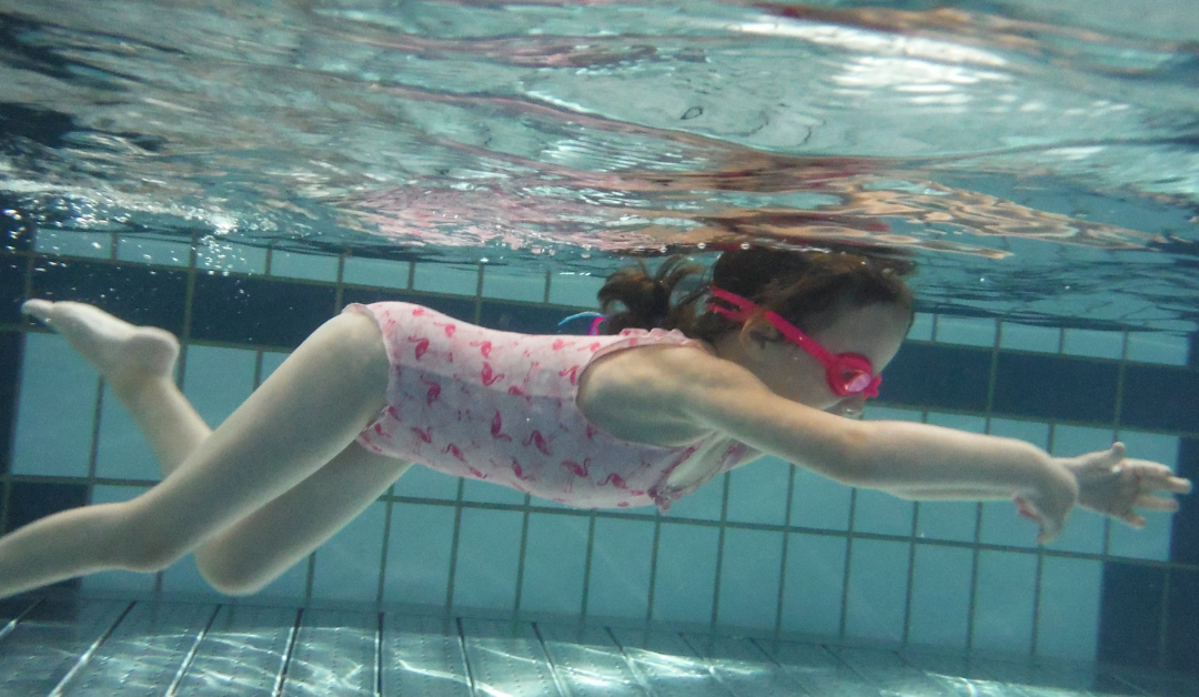 Swimming in Geneva for kids